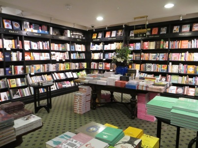 Hatchards, Piccadilly 16.12.17 (18) 2nd floor