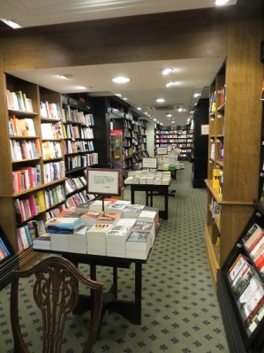 Hatchards, Piccadilly 16.12.17 (27) Basement
