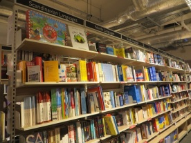 Foyles Charing Cross Road - 05.01.19 Floor 4 (10)
