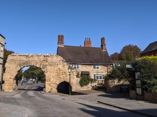 Newport Arch (1)