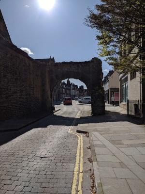 Newport Arch (2)