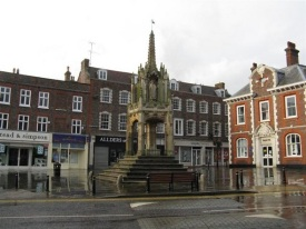 15_Century_market_cross,_Leighton_Buzzard_-_geograph.org.uk_-_956627